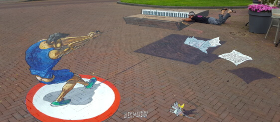 "3d street painting ""Hammer"" thrower in Arnhem"